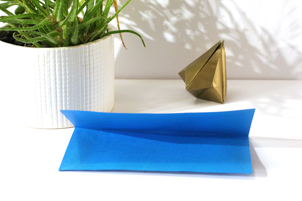 folded paper bell step 1